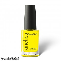 Vernis à ongles Yellow Shock de Kinetics.