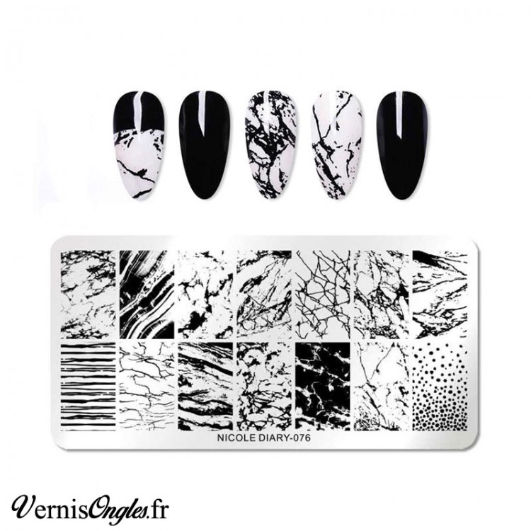 Eventail testeur blanc vernis a ongles