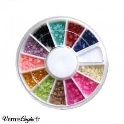 Demi perles multicolores pour les ongles