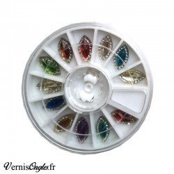 Navettes multicolores pour les ongles