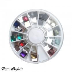 Strass carrés facettés multicolores pour les ongles
