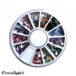 Strass étoiles multicolores pour les ongles