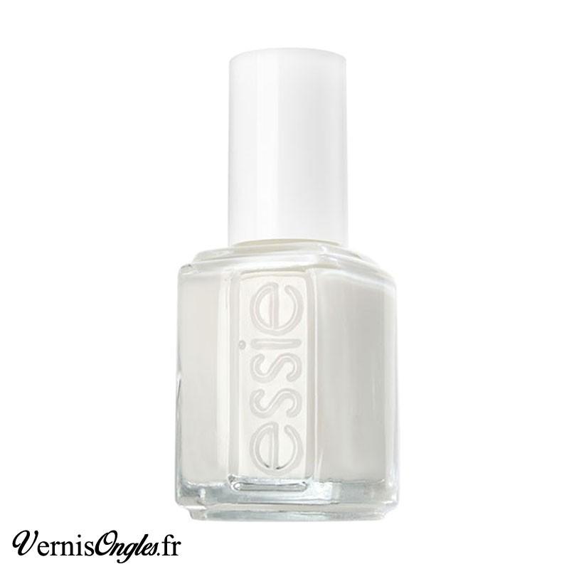 Vernis à ongles Blanc de Essie.