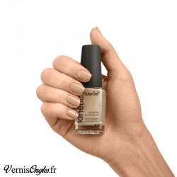 Vernis à ongles All about beige de Kinetics