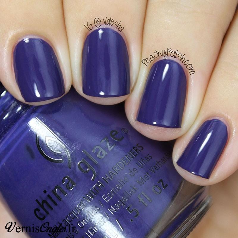 Vernis à ongles Queen B de China Glaze.