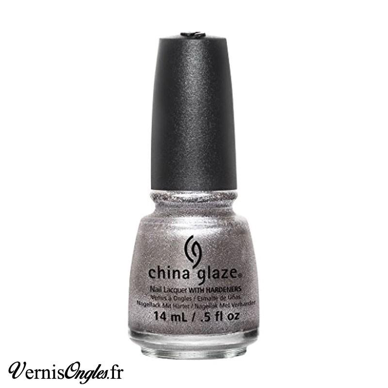 Vernis à ongles Check Out The Silver Fox de China Glaze.